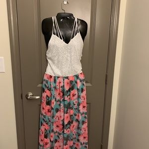 CRISS CROSS FLORAL MAXI LINED